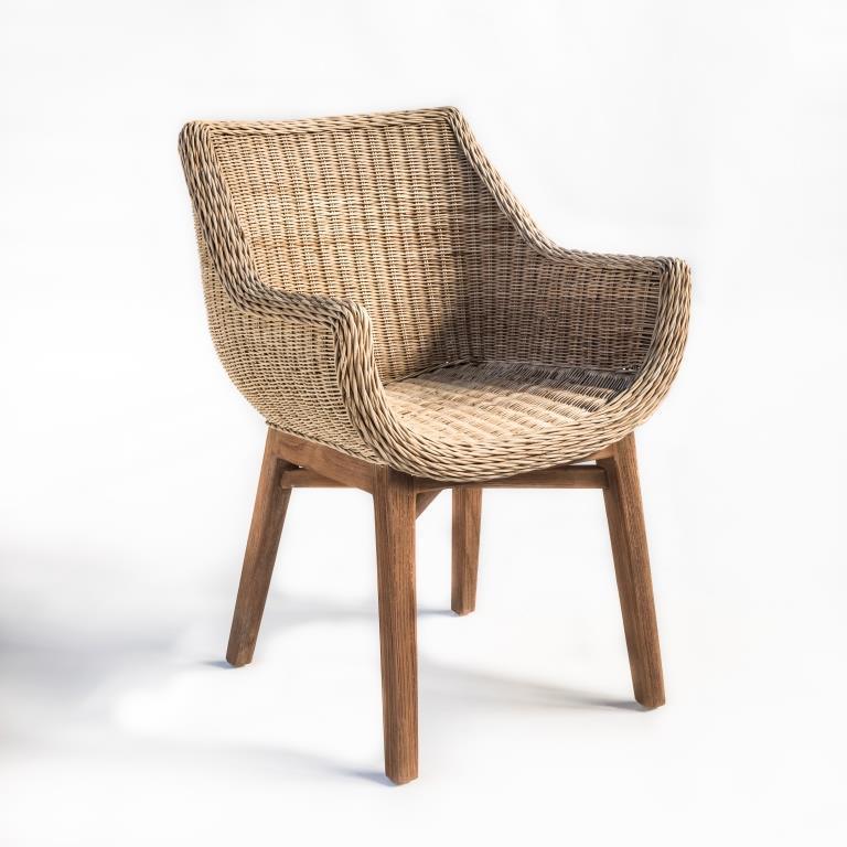 Tapicerowane i wiklinowe krzesło z podlokietnikami JACKY