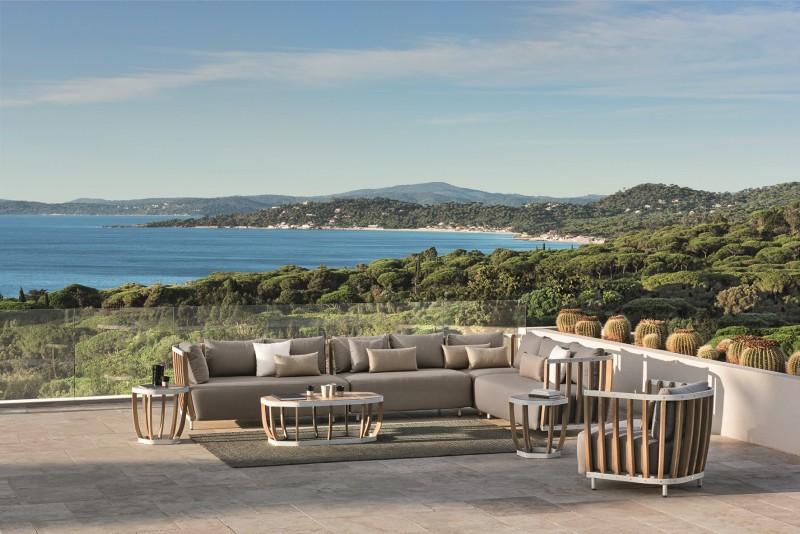 Designerska sofa ogrodowa Swing - wiosna w ogrodzie