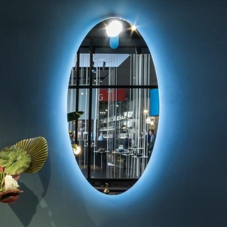 Owalne lustro łazienkowe z podświetleniem Moon