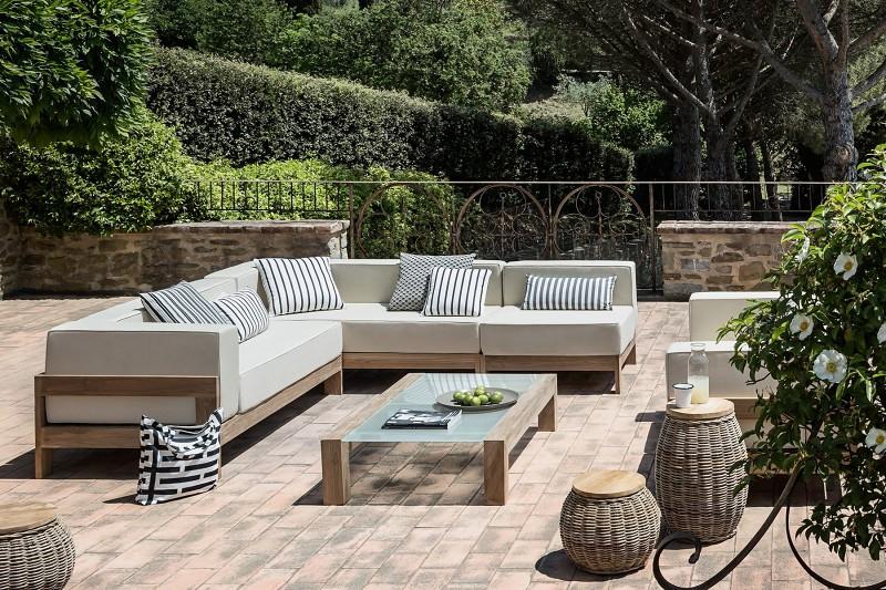 Nowoczesne meble ogrodowe z drewna sofy