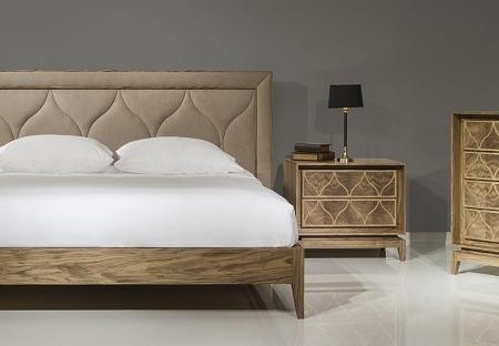 Ekskluzywne łóżko z dekoracyjnym wezgłowiem Tulip