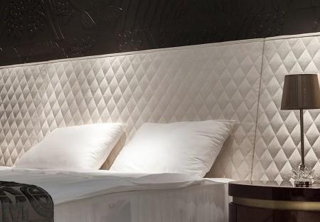 Ekskluzywne łóżko z szerokim wezgłowiem Florida