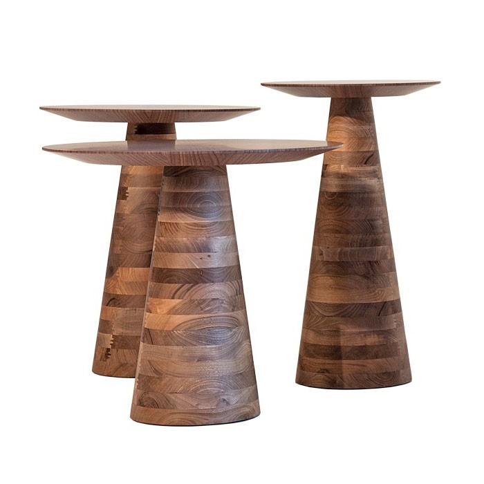 Okrągłe stoliki pomocnicze z drewna Goreme