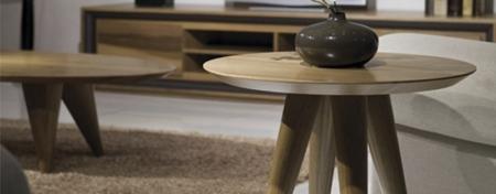 Okrągły stolik pomocniczy z drewna Tombo