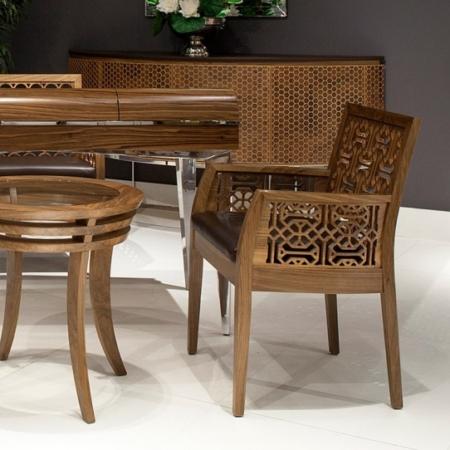 Orientalne krzesło z podłokietnikami Ottoman