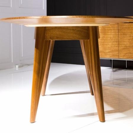Owalny stół z drewna Reflect
