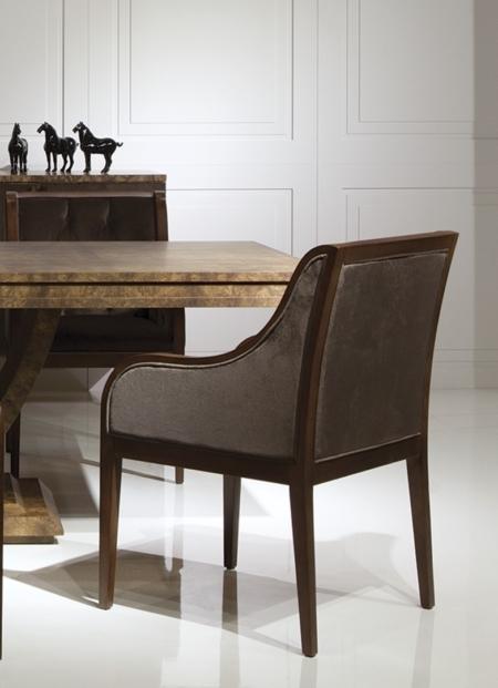 Pikowane krzesło z podłokietnikami Winston