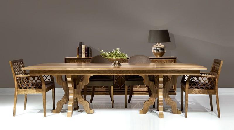 Prostokątny stół z klasycznymi nogami Rocco