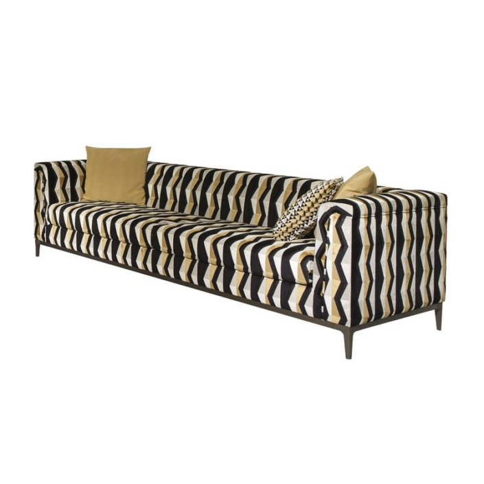 Wzorzysta kanapa w stylu retro Variant