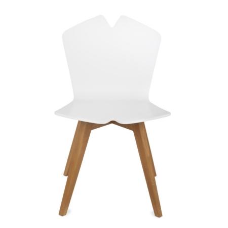 Krzesło ze sklejki w nowoczesnym stylu