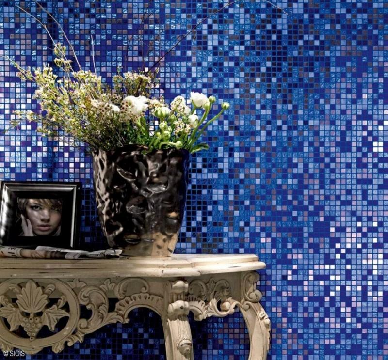 Niebieska mozaika w łazience Sicis
