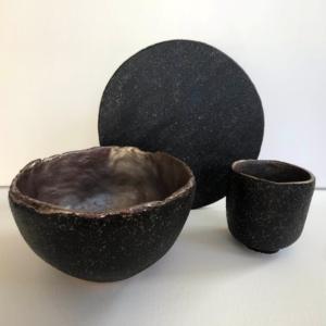 Ceramiczny zestaw śniadaniowy czarna zastawa rękodzieło