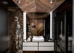 Męska łazienka w czerni i drewnie