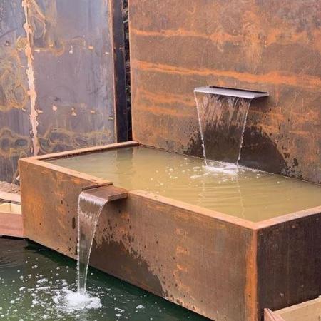 Ściana wodna do stawu wodnego stal kortenowa 1.jpg