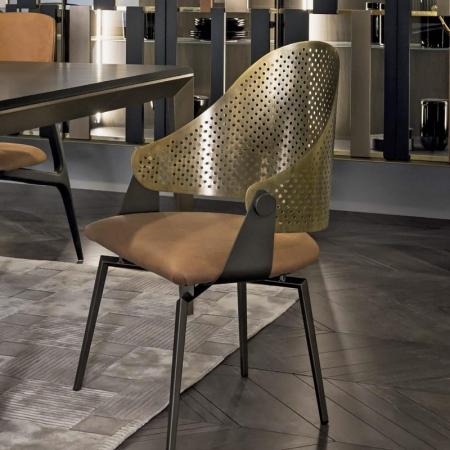 Dekoracyjne krzesło Roma 1.jpg