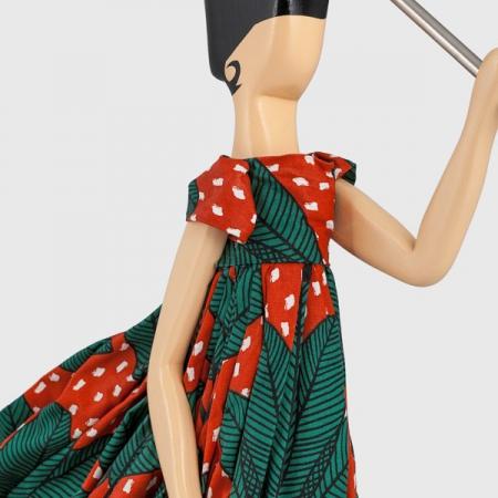 Designerska lampka stołowa dziewczyna w sukience Ludmila