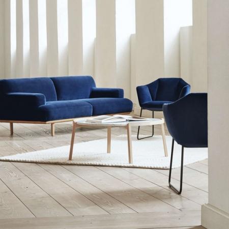 Designerski stolik kawowy drewno i marmur Mix 1 Bolia