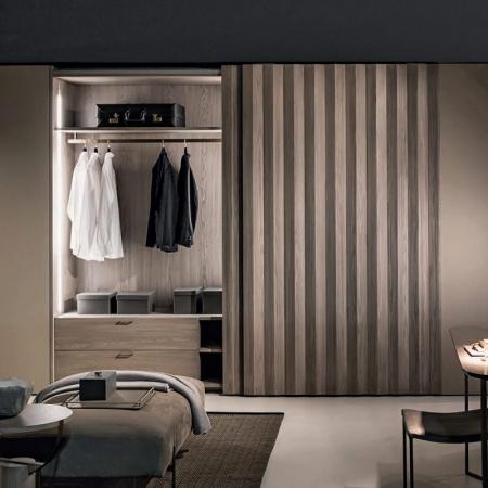 Drewniana garderoba wnękowa Plisse.jpg