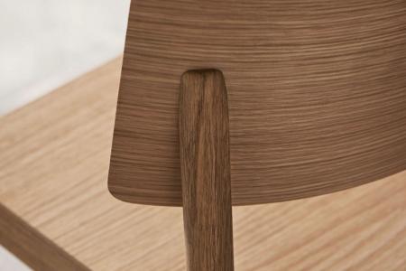 Drewniane krzesło sztaplowane Tune 10 Bolia