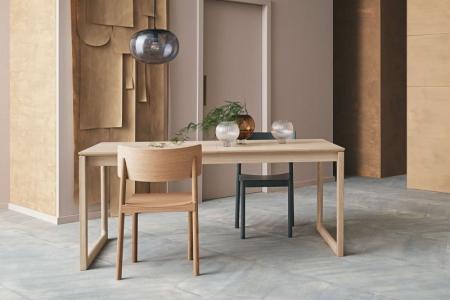 Drewniane krzesło sztaplowane Tune 6 Bolia