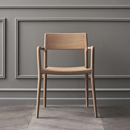 Drewniane krzesło z podłokietnikami Chicago 1 Bolia