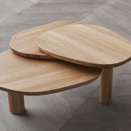 Drewniany stolik kawowy Latch 1 Bolia