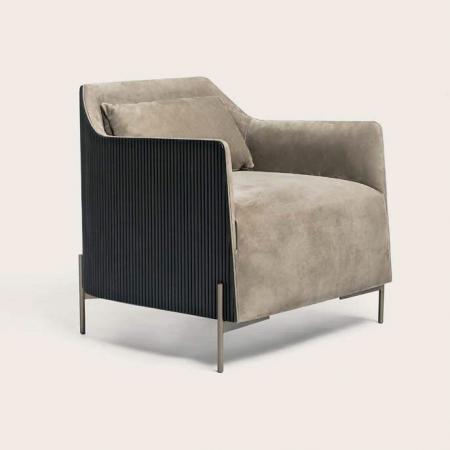 Elegancki fotel tapicerowany Hege.jpg
