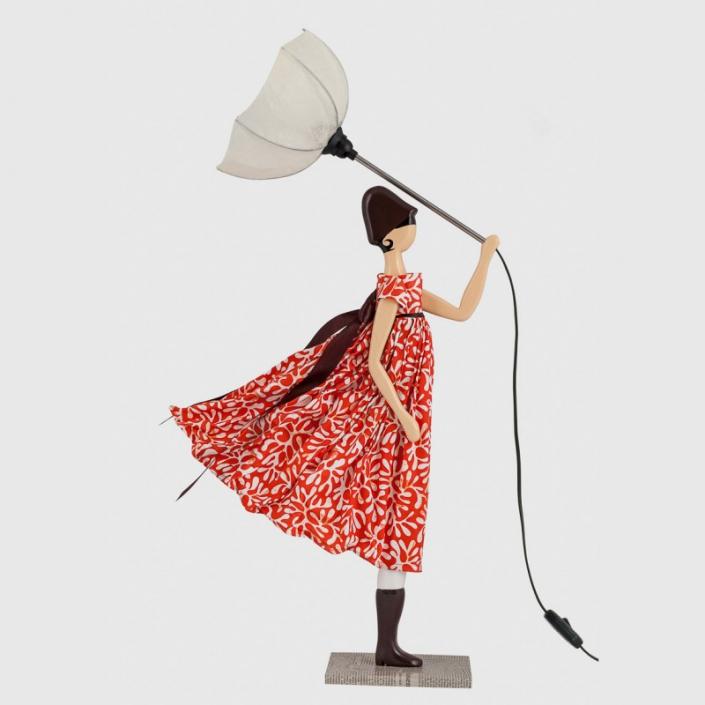 Koralowa lampka kobieta w sukience kalia