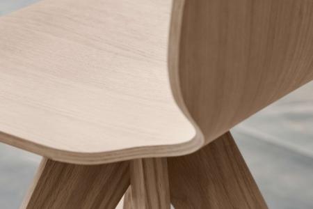 Krzesło ze sklejki New Mood 18 Bolia