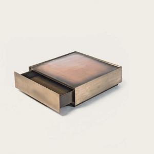 Kwadratowy stolik kawowy z szufladą Block.jpg
