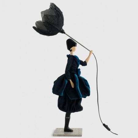 Lampa stołowa kobieta z kwiatem granatowa suknia VICTORIA