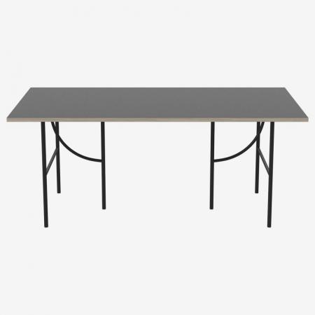 Minimalistyczny stół z dekoracyjnymi nogami HP Bolia