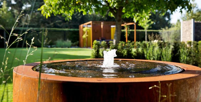 Okrągła fontanna ogrodowa ze stali kortenowej 6.jpg
