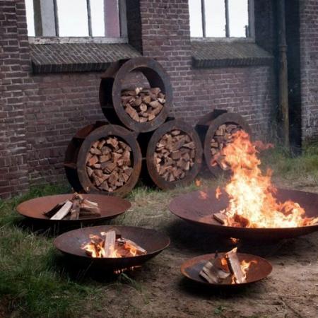Okrągły schowek na drewno ogrodowy Koła 1.jpg