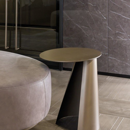Okrągły stolik pomocniczy z metalu Victor 1.jpg