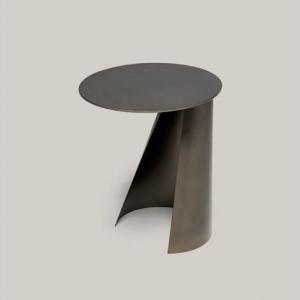 Okrągły stolik pomocniczy z metalu Victor.jpg