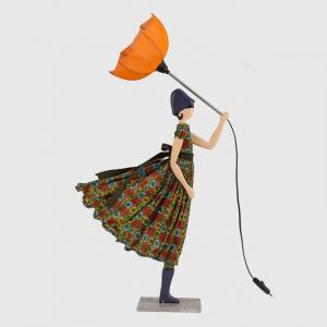 Oryginalna lampa stołowa dziewczynka w sukience Lela