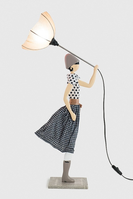 Piękna lampka stołowa kobieta w sukience JEAN MARIE