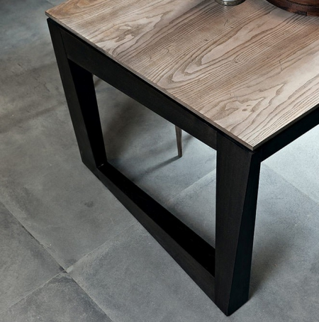 Prostokątny stół z asymetrycznymi nogami Twist 3.jpg
