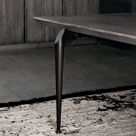 Prostokątny stół z drewna Hio 1.jpg