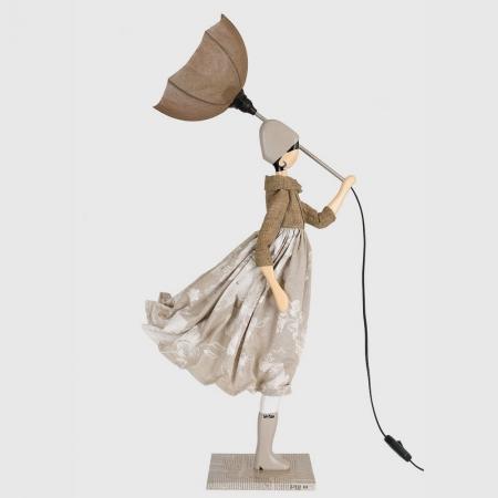 Stołowa lampa kobieta w naturalnych barwach TOULI