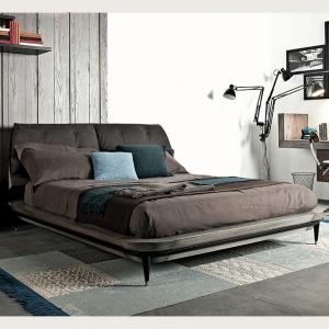 Tapicerowane łóżko ze schowkiem Lee.jpg