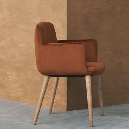 Tapicerowane krzesło z podłokietnikami C3 1 Bolia