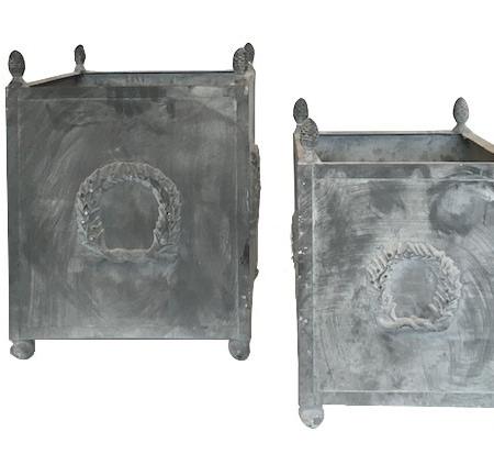 Klasyczna donica z żelaza L S 1