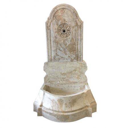 Trawertynowa fontanna ścienna Italy