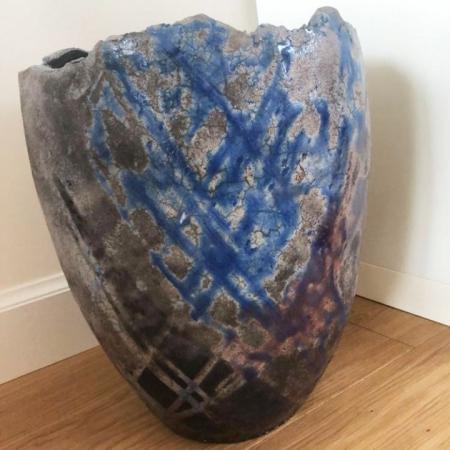 Niebiesko-szara waza ceramiczna rękodzieło Ginko Design