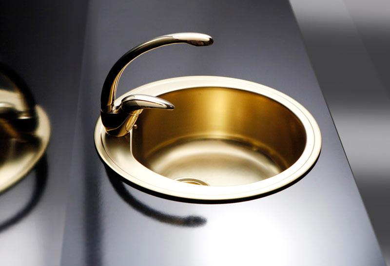 Złoto w łazience Alveus