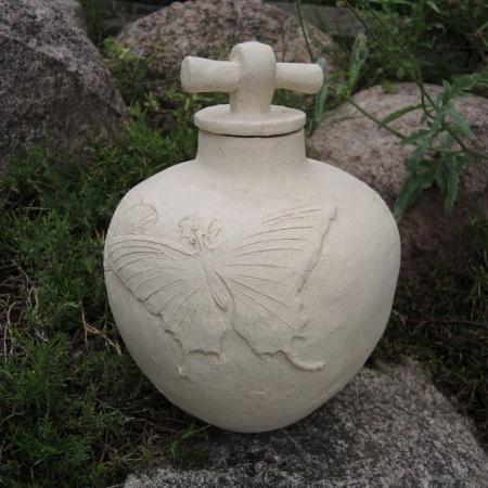Orientalna urna ceramiczna Motyl rękodzieło