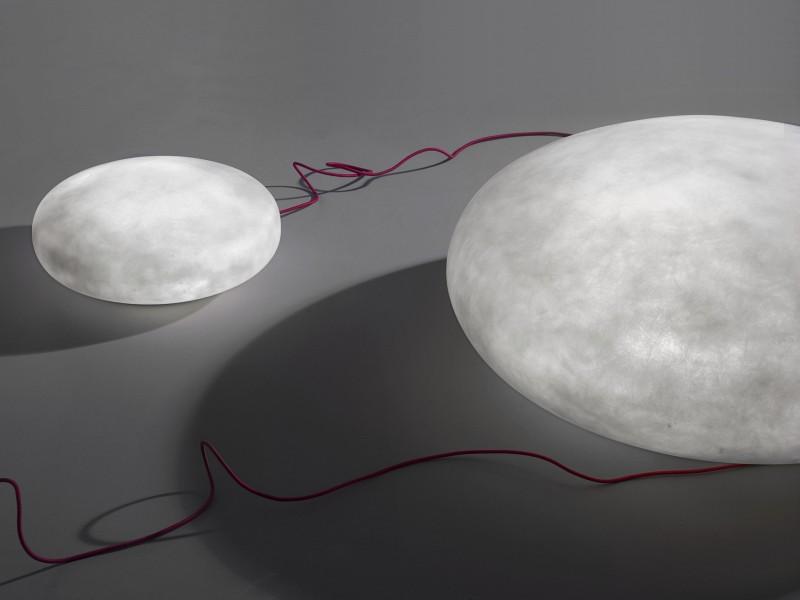 Lampy Etty Imperfetto Lab - futurystyczne biuro