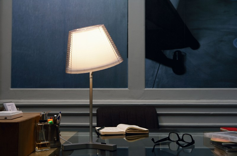 Industrialna lampa biurkowa Nolita Marset
